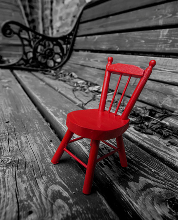 red_chair_no_03